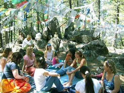 Titanya and Dondi's Five Element and Bellydance workshop at Feathered Pipe Ranch, 2003 (Is that Emily Butler????)